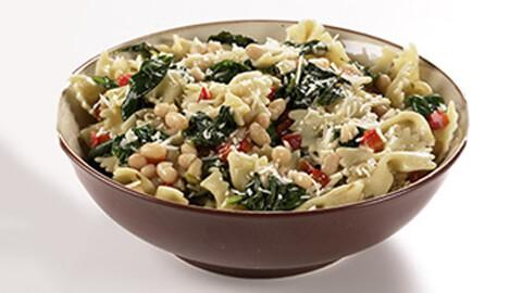 Bow Tie Pasta with Spinach - A Rich Source of Iron